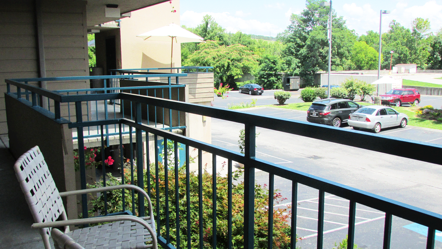 Balcony - corridor style for classic motel rooms in Pigeon Forge