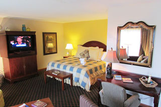 Large Family Suite - large multiple rooms in center of Pigeon Forge