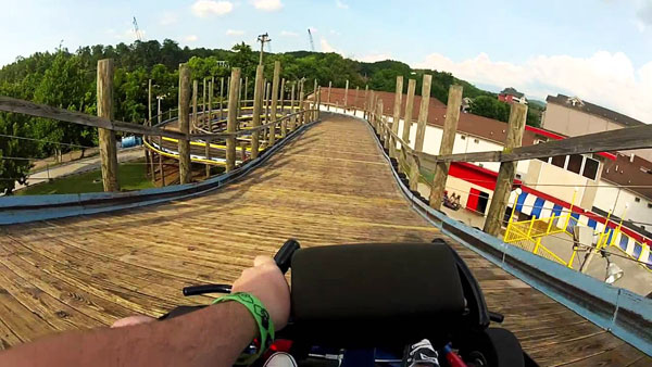 Go Carting in Pigeon Forge near Arbors at Island Landing Hotel & Suites - Pigeon Forge - there are 7 go cart track around us within an easy walk.