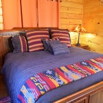 Main floor2nd  bedroom with bath and jet tub -  -  Luxury 5 Bed cabin rental, Pigeon Forge