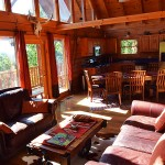 Great Room, cathedral ceiling and beams -  Luxury 5 Bed cabin rental, Pigeon Forge
